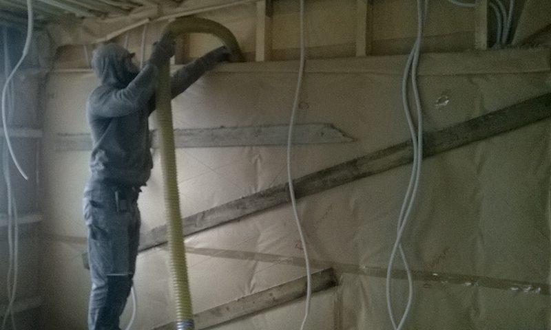 Seinte soojustamine puistevillaga